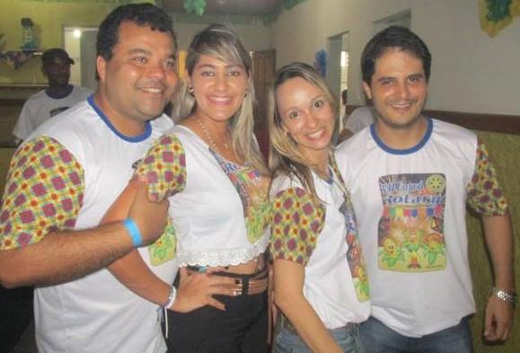 O presidente, Luciano Fahning, o vice, Márcio Magalhães, com suas respectivas esposas