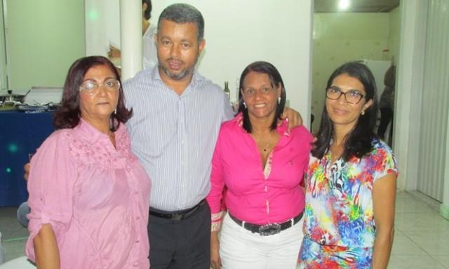 Sueli Maria, diretora da Delegacia Zonal do Cacau, Noildo Gomes, diretor de Organização da APLB Sindicato, Ruth Menezes, diretora regional da APLB e Jorquelia Botelho, presidente da APLB- Ubaitaba