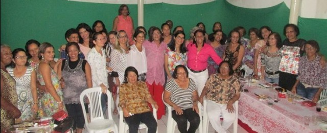 O evento reuniu  professoras aposentadas do município de Ubaitaba