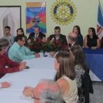 EM REUNIÃO FESTIVA, ROTARY DE UBAITABA RECEPCIONA GOVERNADOR DISTRITAL