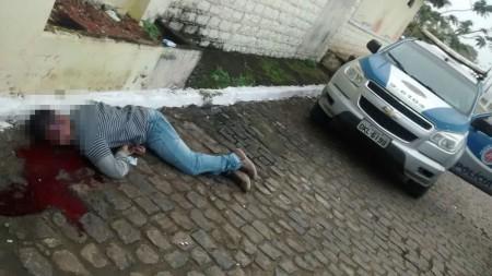 Homem possuía perfuração na cabeça causada por arma de fogo (Foto: Ubatã Notícias