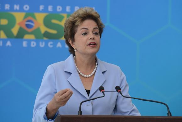 Comitiva de Dilma deixa dívida de US$ 100 mil com limusines nos EUA (Foto: EBC)