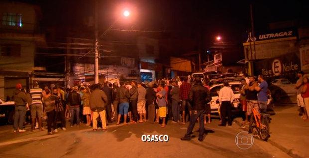 Série de ataques deixa pelo menos 20 mortos em Osasco e Barueri, na Grande São Paulo (Foto: Reprodução/TV Globo)