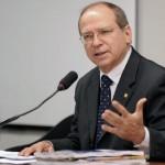AURELINO LEAL: DEPUTADO ROBERTO BRITO ANUNCIA RECURSOS PARA HOSPITAL E PRAÇA DO  BAIRRO ACM