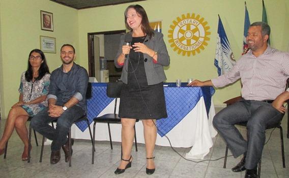 Alice Portugal, deputada federal pelo PC do B,foi uma das palestrantes