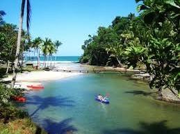 São 14 praias principais em Itacaré, cada qual com características bem particulares.
