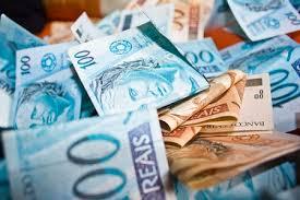 A escalada do dólar tem sido firme e constante contra o Real