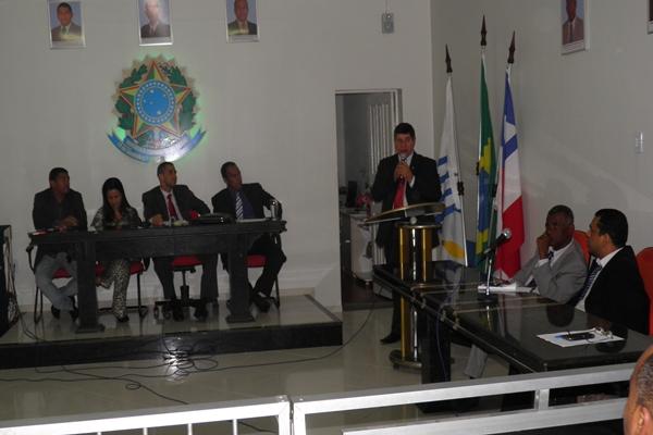 O plenário votou favorável à Ação Administrativa