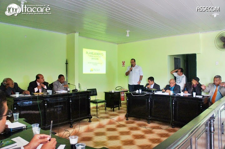 A sessão atraiu populares durante a votação