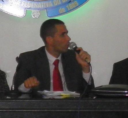 Ricardo Carneiro, comemora a decisão do TCM