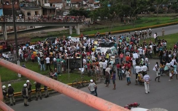 O protesto foi adiado depois que o DENIT garantiu construir  alguns quebra-molas