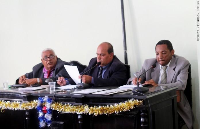 A mesa diretora aprovou o orçamento com 30% a menos