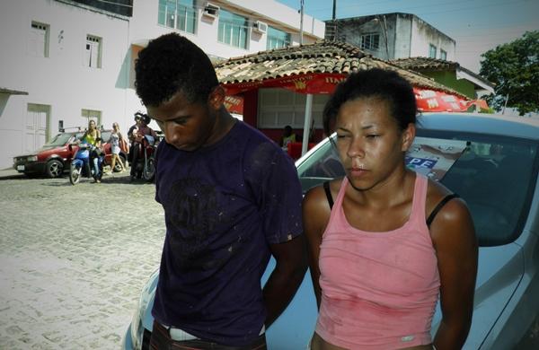 Casal foi preso com drogas e armas