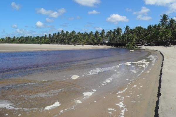 O encontro do Rio com o mar forma um cenário encantador