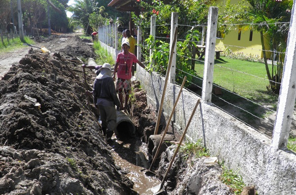 A obra tem a parceria da APPA-Maraú-Associação dos Moradores e proprietários de Lotes em Algodões