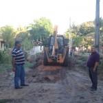 MARAÚ: PREFEITA GRACINHA VIANA CONTINUA O SERVIÇO DE PATROLAMENTO E MANILHAMENTO  NO MUNICIPIO