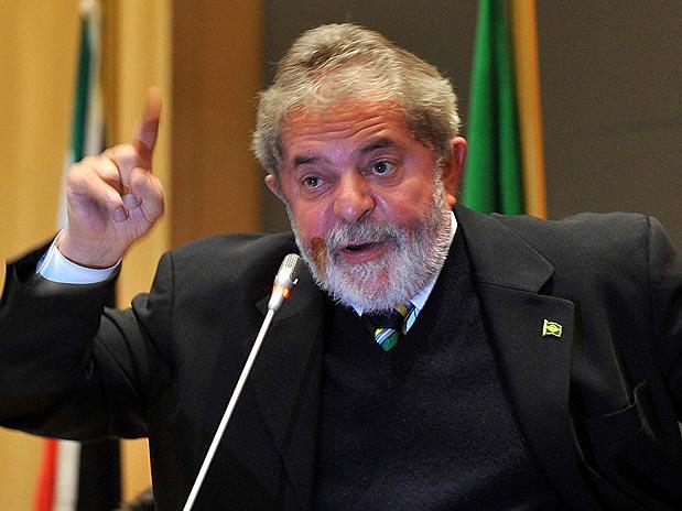 "Lula disse recentemente que vai ""processar todo mundo""."