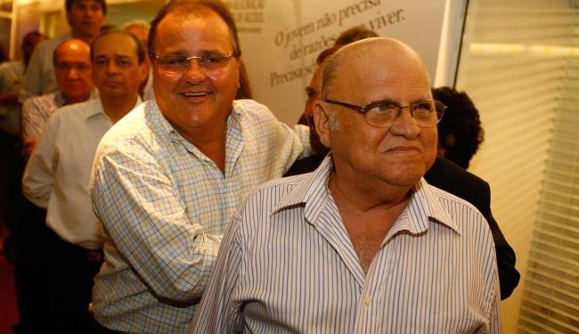Afrísio Vieira Lima foi deputado federal por dois mandatos. Na foto, ele aparece ao lado de Geddel