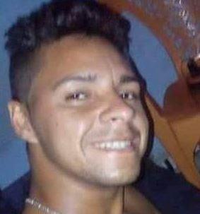 Uilian Martins dos Santos  (Keka), 27 anos, foi assassinado a tiros na noite desta quinta-feira (18),