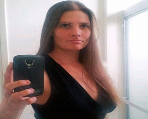 Carol Ann Coronado foi condenada a prisão perpétua pela morte das filhas; defesa alegou insanidade temporária (Foto: Reprodução/Facebook)