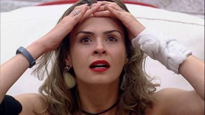 Bêbada, a jornalista deu dois tapas no rosto do modelo Renan na na festa de ontem (4)