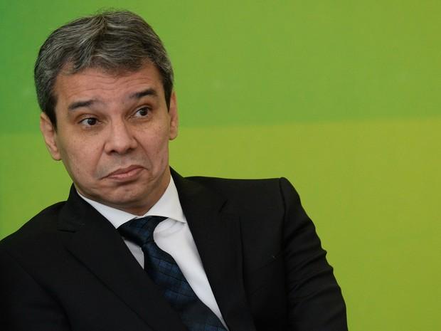 Wellington Silva, sendo procurador da justiça do Ministério Público da Bahia, não pode assumir cargo no Executivo