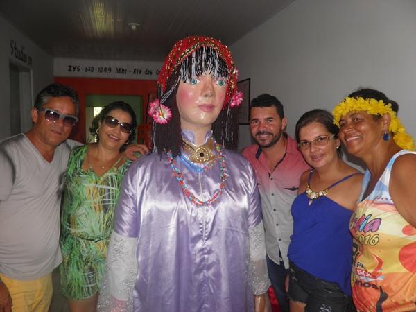 Convidados vips, O casal Urania e Aloiso, o Cantor Binho Alves e esposa e Norma Ribeiro ao lado de Maria Bonita