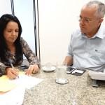 AURELINO LEAL: PREFEITA CONVIDA GOVERNADOR PARA INAUGURAÇÕES E PEDE MAIS RECURSOS PARA A SAÚDE