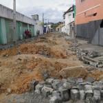 AURELINOLEAL: PREFEITURA INTENSIFICA SERVIÇOS DE RECUPERAÇAO DO CALÇAMENTO DA CIDADE