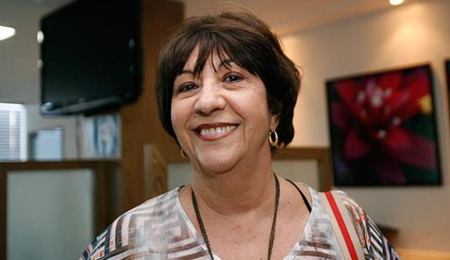 Ana Belens, 72, reservou doses para ela e familiares