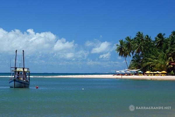 Barra Grande, na Bahia é  uma das opções procuradas por turistas brasileiros