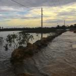 MARAÚ: MARÉ ALTA DEIXA MORADORES DE TAIPU DE DENTRO ILHADOS
