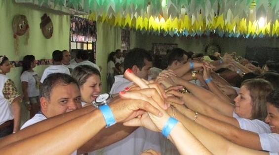 A  quadrilha é uma das atrações no Forró do Rotary