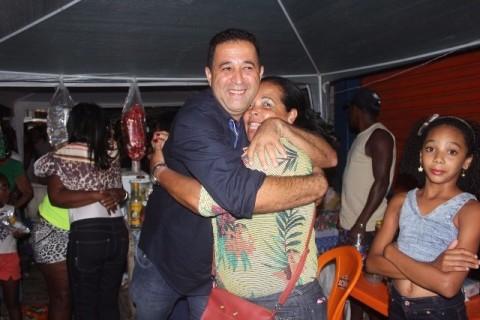 Gé Assunção foi abraçado pela população de Itamarati