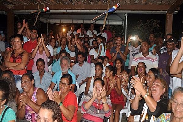Centenas de partidários marcaram presença no encontro