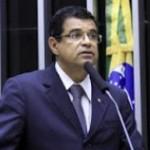 DAVIDSON MAGALHAES PRESIDENTE DA FRENTE PARLAMENTAR EM DEFESA DA PETROBRÁS CRITICA LEI DAS ESTATAIS