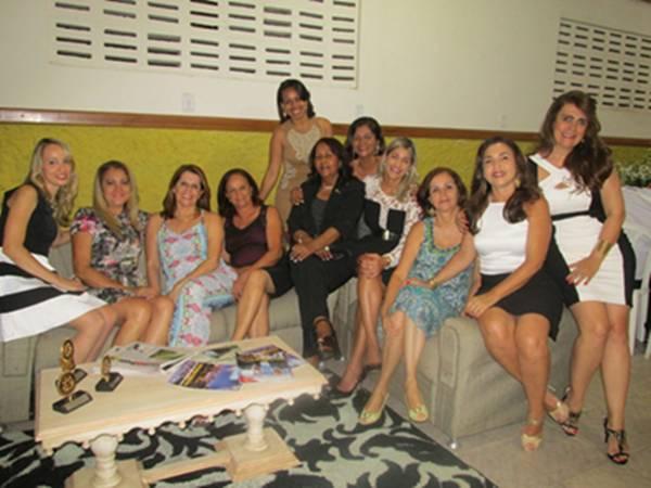 Fabrícia, Adélia, Elied, Marilena, Jacqueline, Luise, Elma, Luiza e Norma Ribeiro.