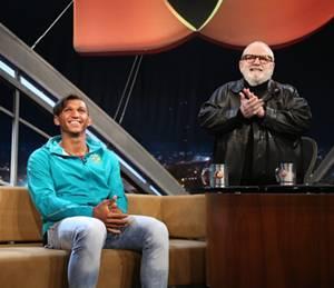 Isaquias falou de sua vida e do sucesso na canoagem  no Programa do Jô