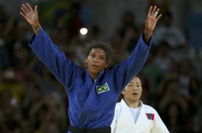 afaela Silva derrotou Sumiya Dorjsuren, da Mongólia, na final e se tornou campeão olímpica