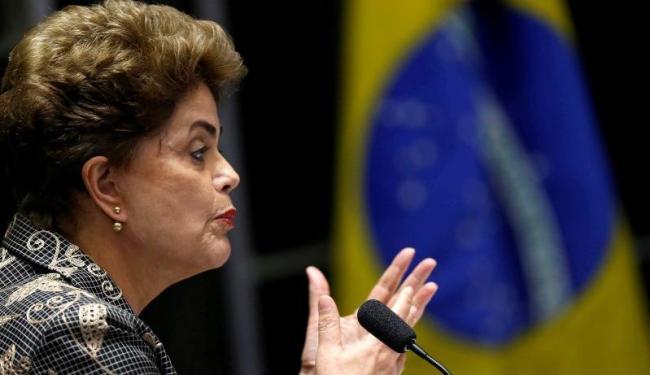 Maioria dos senadores votou a favor de impedimento de Dilma Rousseff