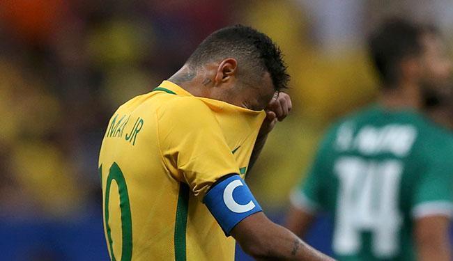 esão de Neymar ainda não preocupa a comissão técnica