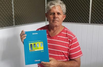 Livro escrito por José Américo aborda a história de Ipiaú. (Foto:Giro em Ipiaú)