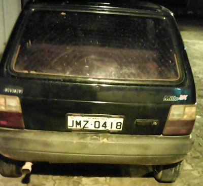 O Fiat  Uno estava transitando no local