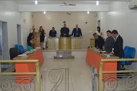 A Câmara de Vereadores é presidida por Bal do Armandão)