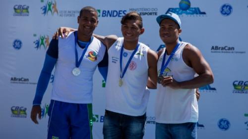 Maico Santos, Isaquias Queiroz e Lucas Santos no pódio