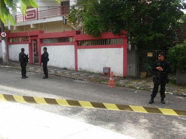 'Operação Hidra de Lerna' cumpriu mandados de busca e apreensão na sede do PT e em agência de publicidade na Barra