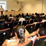 ESTUDANTES REALIZAM AULÃO PARA O ENEM
