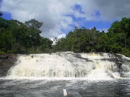 A Cachoeira de Tremembé atrai turistas de todo Brasil