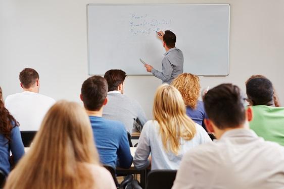 Em Aurelino Leal, as oportunidades são para Graduação, Pós-Graduação, Idiomas, Preparatório para Concursos, Cursos Profissionalizantes e Pré-Vestibular/Enem.