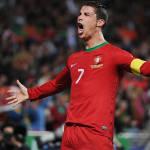 CRISTIANO RONALDO VENCE PRÊMIO DA FIFA PELA  QUARTA  VEZ